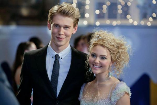 Carrie-Bradshaw-and-Sebastian-Kydd-the-carrie-diaries-35286830-720-480